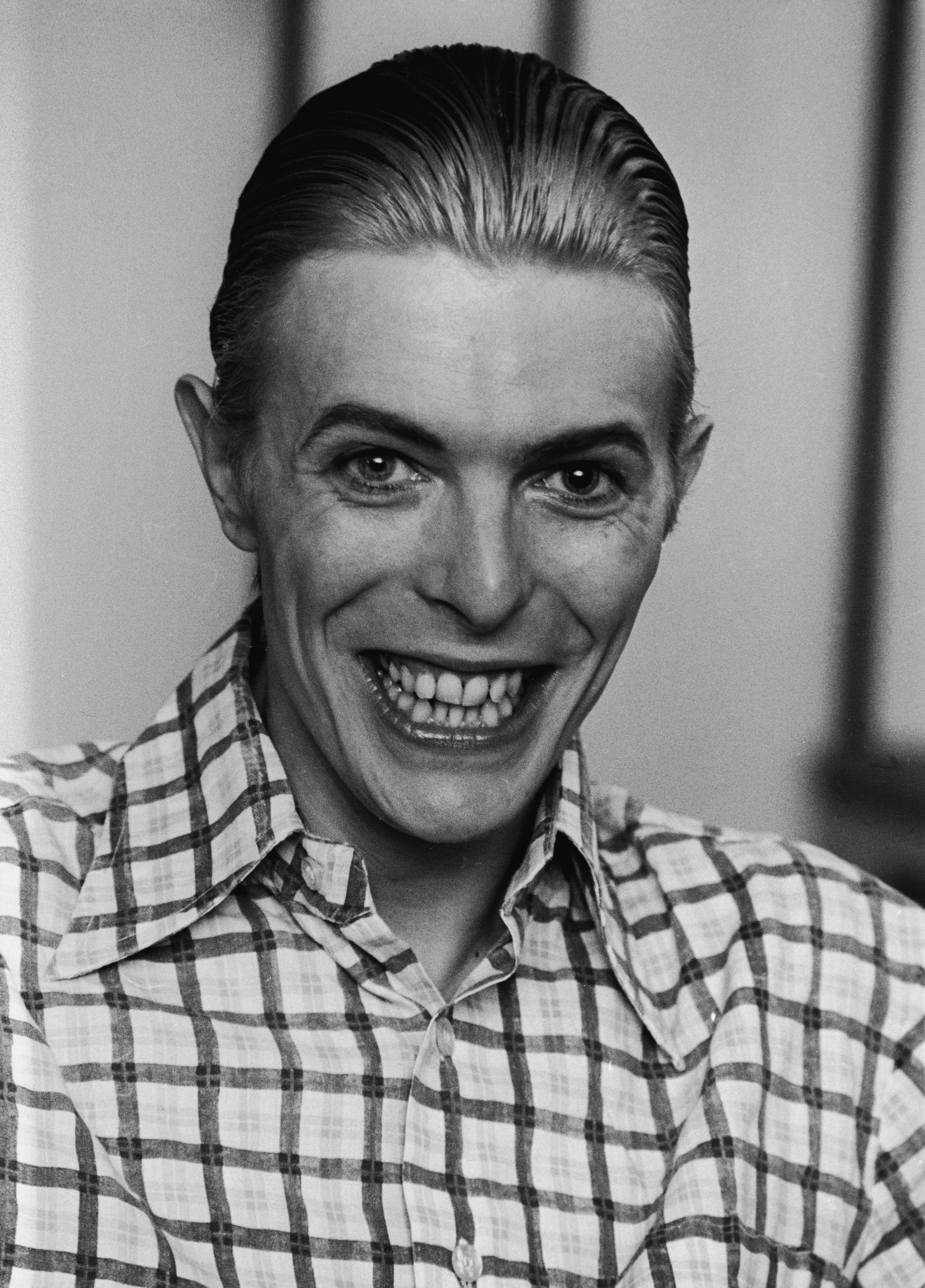 1545067011232_GettyImages-2189128.jpg - David Bowie nel 1980. Un sorriso come quello del Joker