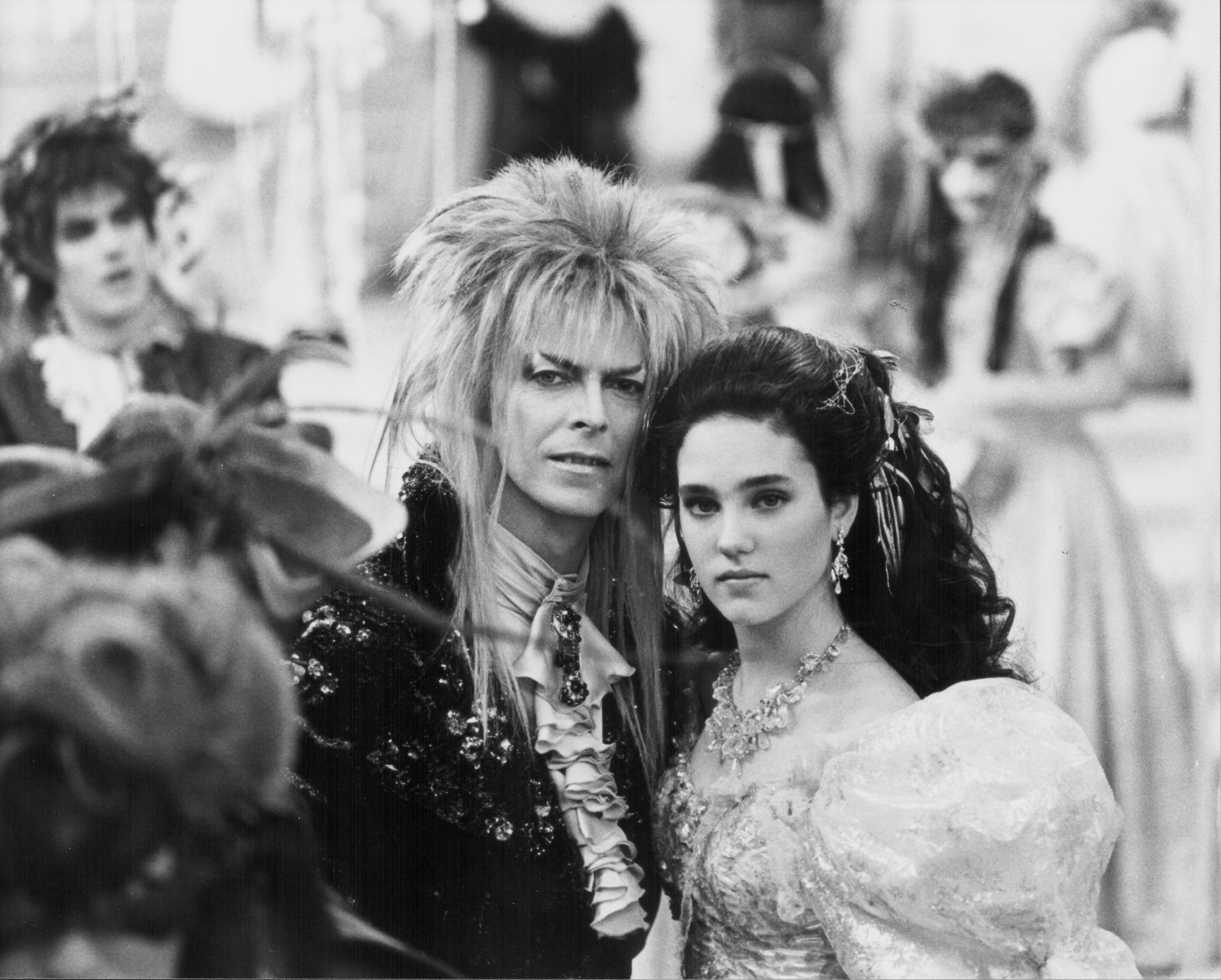 "1545067011232_GettyImages-451093123.jpg - David Bowie e Jennifer Connelly in una scena del film di  Jim Henson ""Labyrinth"", 1986"