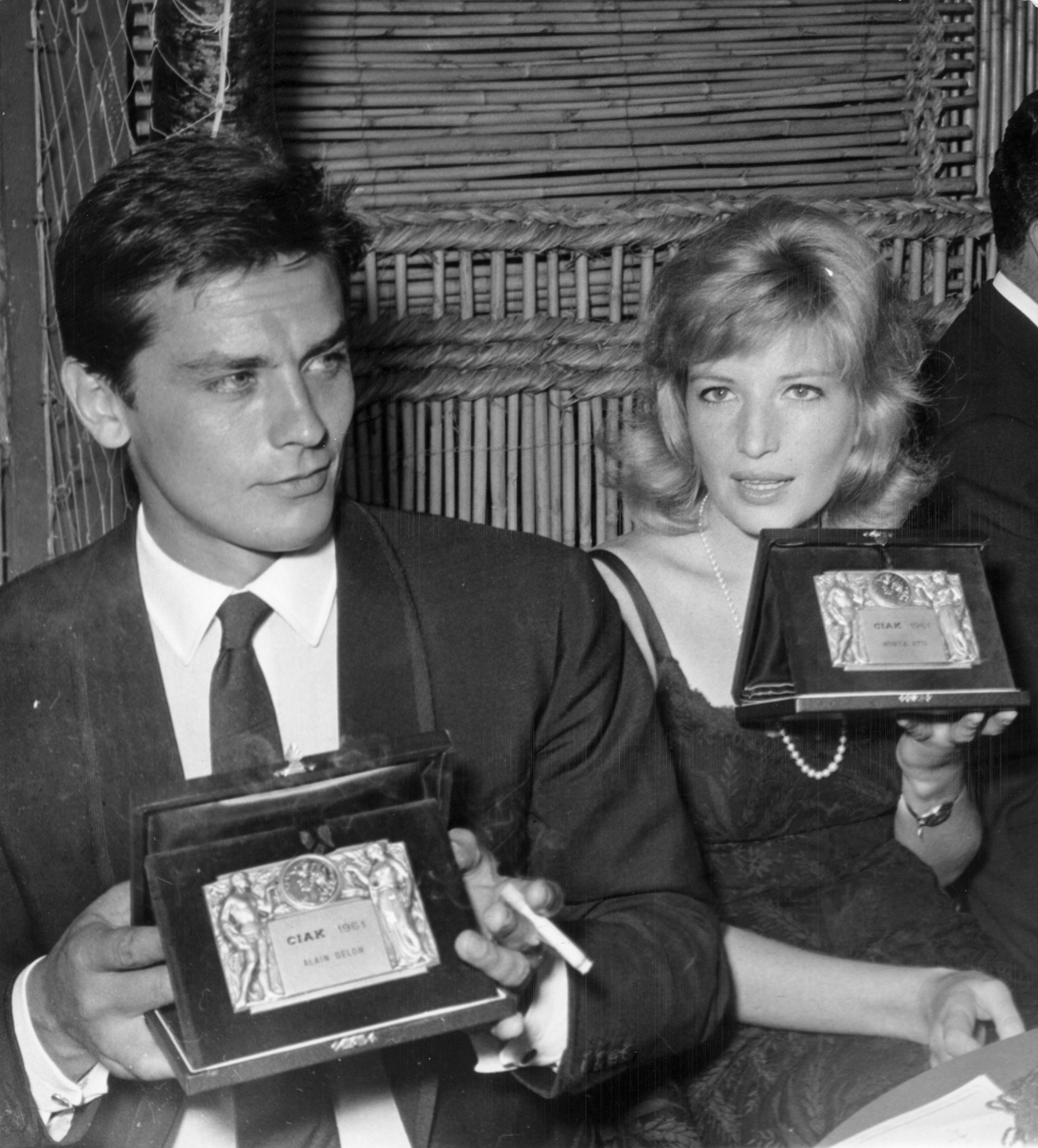 1549360757258_GettyImages-3367342 1.jpg -  Alain Delon e Monica Vitti 1961