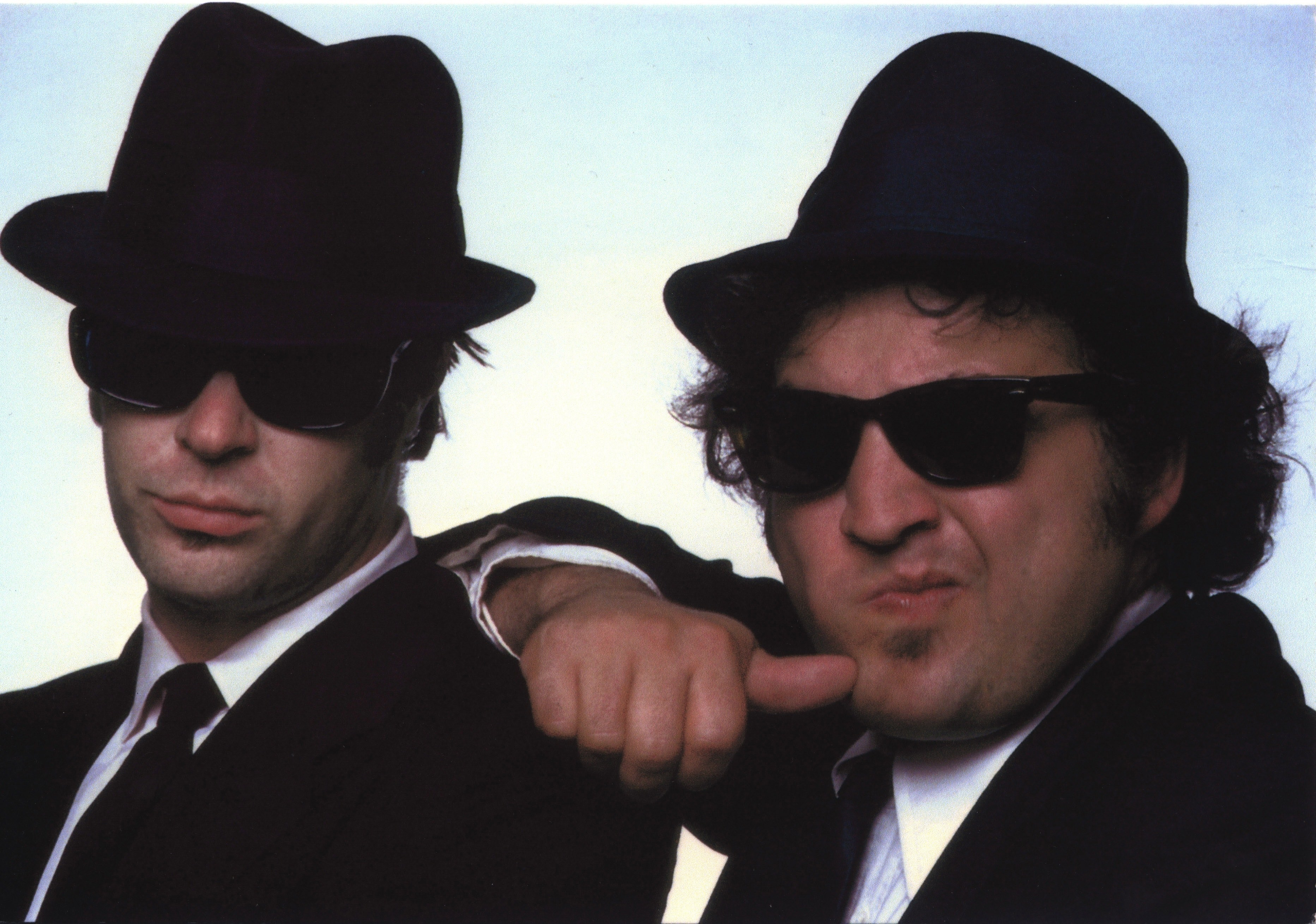 1565334198395_Brothers.jpg - The Blues Brothers, John Belushi con Dan Aykroyd, 1980