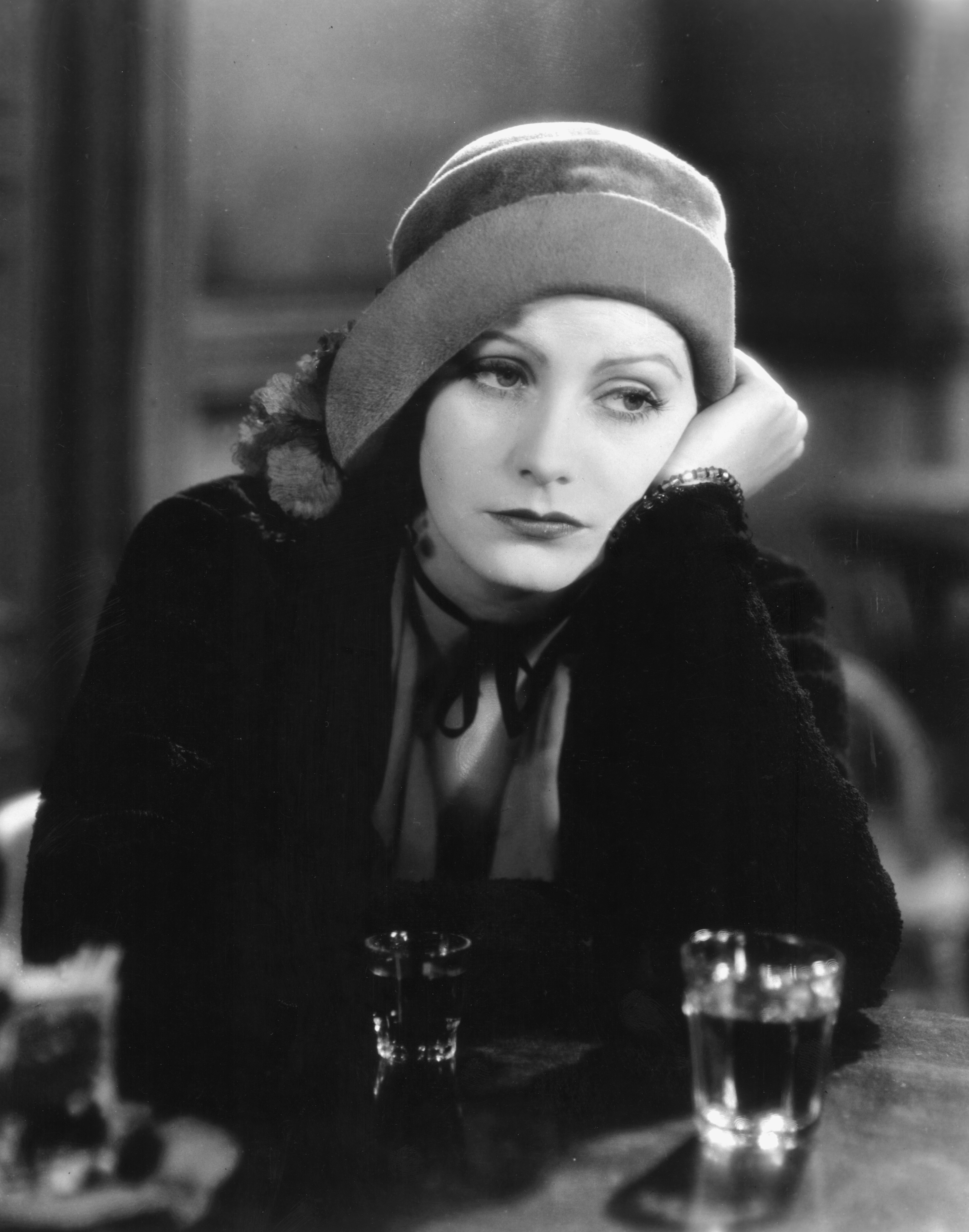 1585899044382_Anna_christie_30.jpg - Anna Christie, 1930. Il primo film sonoro interpretato dalla Garbo