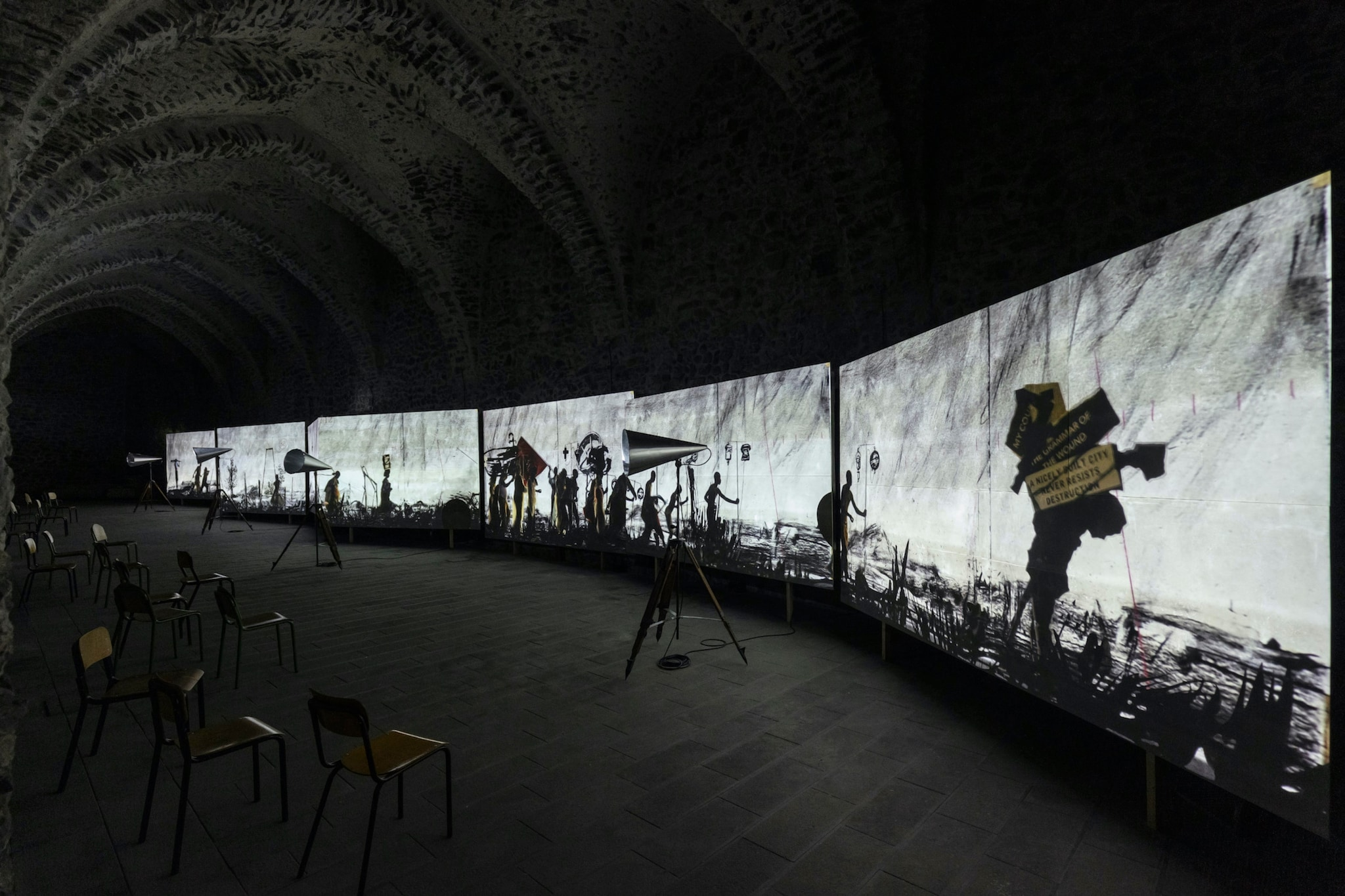 "1599135332555__T0A2583.jpg - William Kentridge ""More Sweetly Play the Dance"", fino al 2 dicembre 2020 all'Antico Arsenale della Repubblica di Amalfi."